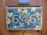 646 house numbers up close